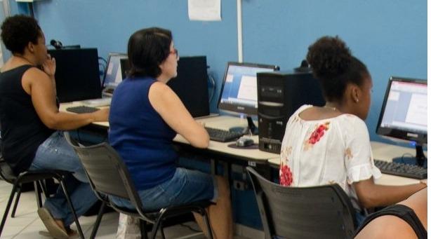 Curso de informática é oferecido gratuitamente em Volta Redonda
